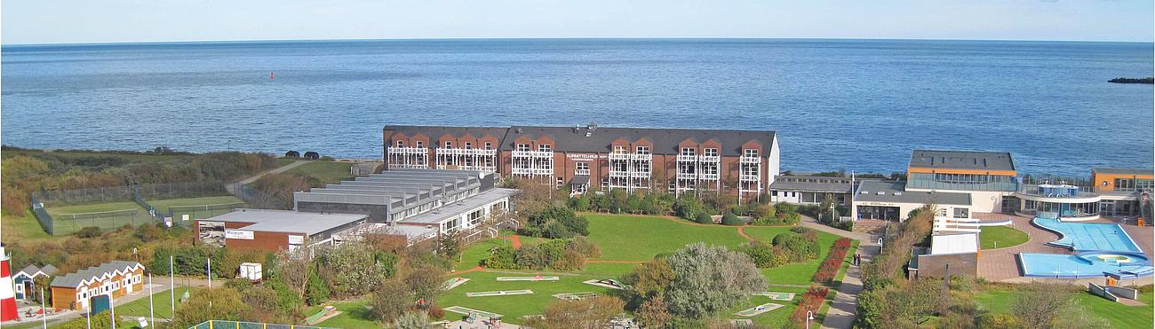 view of the complete hotel area of the Land & Meer Heligoland